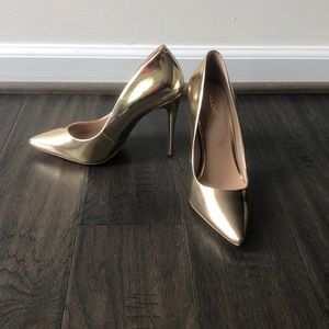 Aldo Gold Metallic Pump